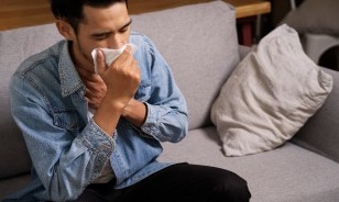 adult flu warning signs